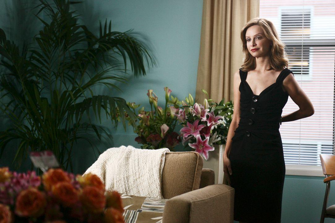 Bei ihrem Date mit Warren Salter landet Kitty (Calista Flockhart) mit ihm im Bett ... - Bildquelle: Disney - ABC International Television