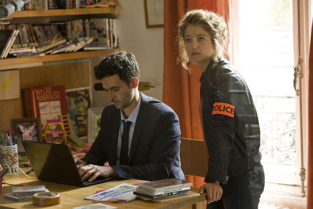 Emma (Sophie de Fürst, r.) lässt sich von Hyppolite (Raphaël Ferret, l.) davon überzeugen, einen nicht ganz legalen Weg der Ermittlungen einzuschlag... - Bildquelle: 2015 BEAUBOURG AUDIOVISUEL
