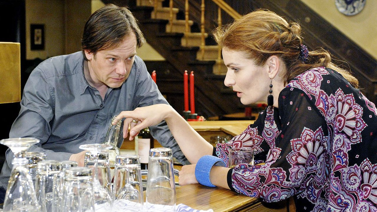 anna-und-die-liebe-folge-71-05-SAT1-Oliver-Ziebe - Bildquelle: SAT.1/Oliver Ziebe