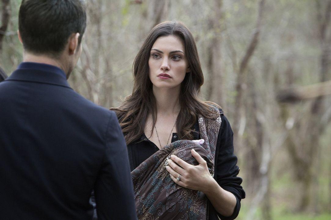 Die Situation ist mehr als angespannt: Hayley (Phoebe Tonkin) muss eine Entscheidung über ihre Zukunft und die ihrer Tochter fällen ... - Bildquelle: Warner Bros. Entertainment, Inc