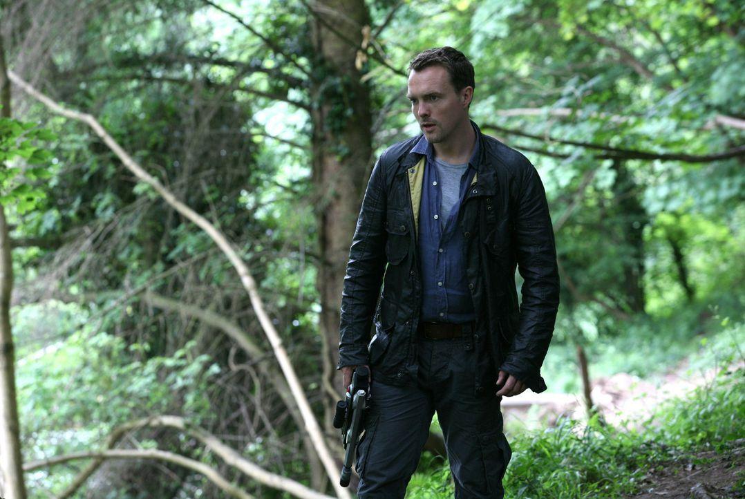 Macht sich Sorgen um Emily: Matt (Ciaran McMenamin) ... - Bildquelle: ITV Plc