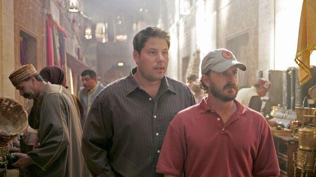 Auf einem Markt in Algerien trifft sich Sydney mit Derek Modell (Richard Spei...