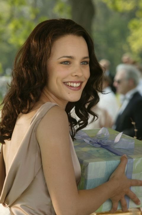 Erst spät wird John klar, dass Claire (Rachel McAdams) nicht mit seiner üblichen Masche zu beeindrucken ist ... - Bildquelle: Warner Bros. Television