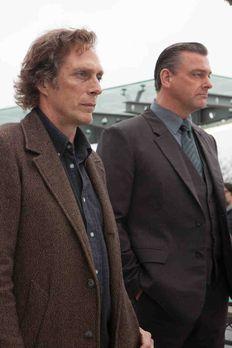 Crossing Lines - Gemeinsam mit dem Chief Inspector von New Scotland Yard, Mil...
