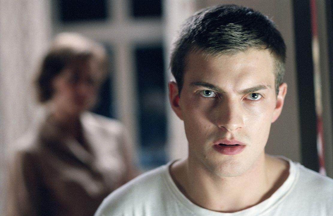 Im privaten Internat Stjärnsberg wird Erik Ponti (Andreas Wilson) erneut mit Gewalt und Erniedrigung konfrontiert ... - Bildquelle: MFA Filmdistribution