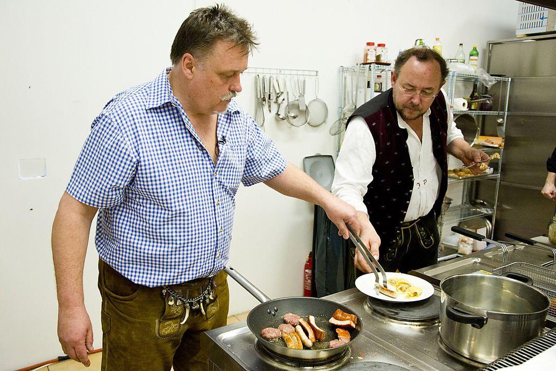 """Ist das """"Running Bavarian Sushi """" von Joachim und Robert eine Investition wert? - Bildquelle: kabel eins"""