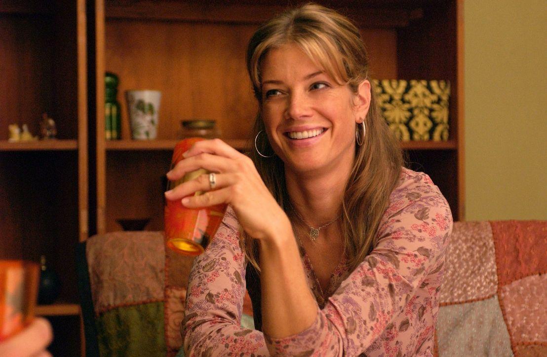 Rosemarie (Marie Bäumer) ist eine lebenslustige, attraktive Frau. - Bildquelle: Rainer Bajo Sat.1