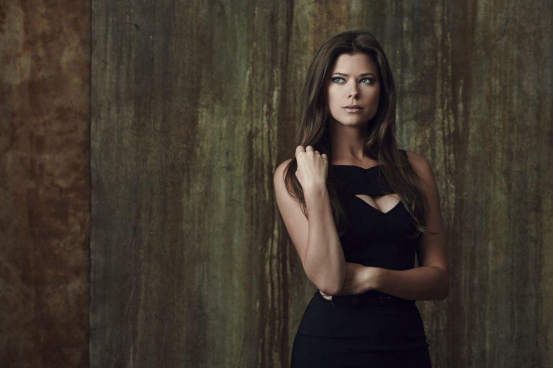 (1. Staffel) - Seit Jahren muss Cara Coburn (Peyton List) auf einen normalen Alltag verzichten, doch Stephen schürt bei ihr neue Hoffnungen ... - Bildquelle: Warner Bros. Entertainment, Inc.