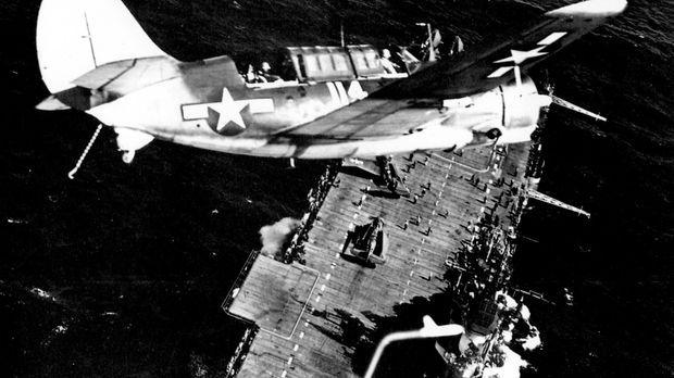 Das Militärschiff