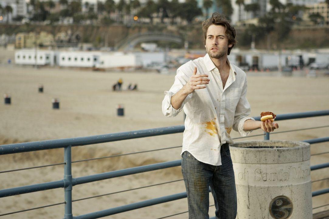Hoffentlich hat dieser Ausrutscher keine schwerwiegenden Folgen für Ryan (Ryan Eggold)... - Bildquelle: TM &   CBS Studios Inc. All Rights Reserved