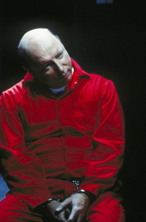 Mulder vermutet nach wie vor, dass Boggs mit dem als Lucas Henry identifizierten, aber entkommenen Entführer unter einer Decke steckt. - Bildquelle: TM +   Twentieth Century Fox Film Corporation. All Rights Reserved.