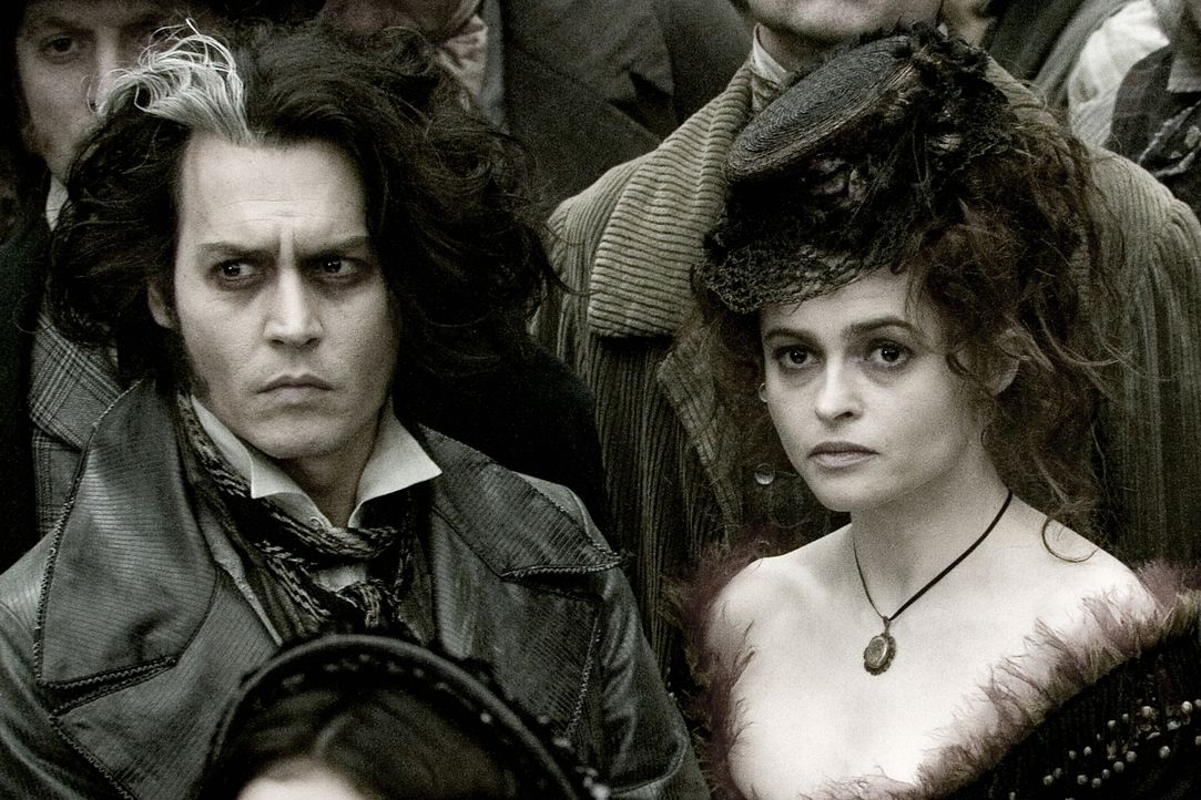 Der eine rasiert besonders gründlich, der andere verarbeitet die anfallenden Leichenteile zu köstlichen Pasteten: Sweeney Todd (Johnny Depp, l.) und... - Bildquelle: Warner Bros.