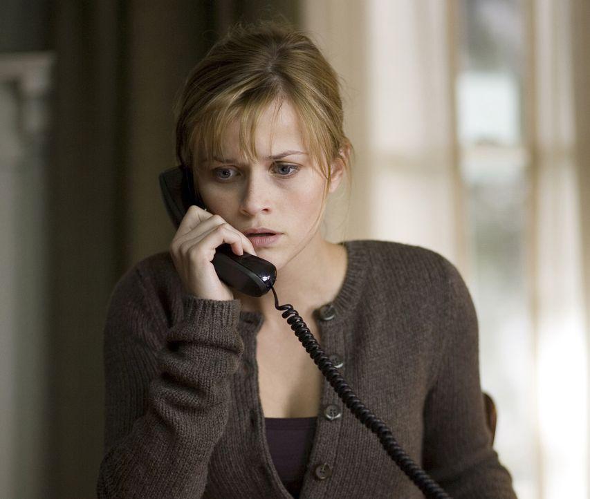 Ist verzweifelt auf der Suche nach ihrem Mann: Isabella Fields El-Ibrahimi (Reese Witherspoon) ... - Bildquelle: Warner Brothers