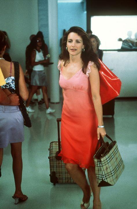 Charlotte (Kristin Davis) hofft, in L. A. ihr unbefriedigendes Eheleben zu vergessen und reist ihren drei Freundinnen nach. - Bildquelle: Paramount Pictures