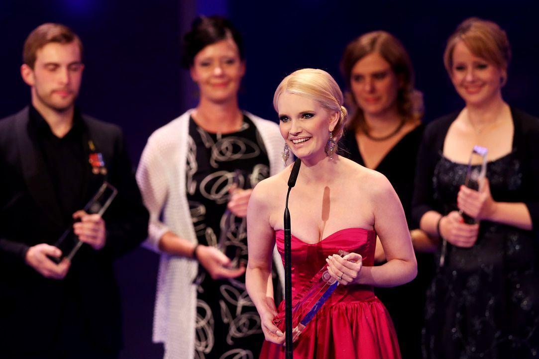 Deutscher-Fernsehpreis-Mirja-du-Mont-13-10-02-dpa - Bildquelle: dpa