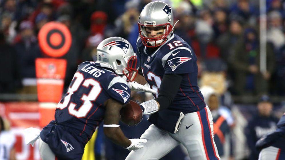 Dion Lewis und Tom Brady zählten zu den großen Gewinnern im Spiel gegen die ... - Bildquelle: Getty Images