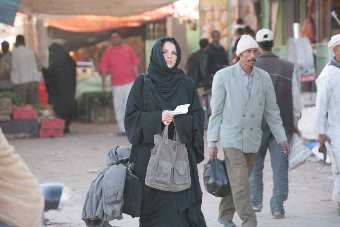 Zuerst entführt ihr Mann ihren Sohn in den Sudan, danach teilt der BND ihr mit, dass ihr Mann ein Schläfer ist und dann muss sie feststellen, dass... - Bildquelle: Sife Elamine und Claudia Rump SAT.1