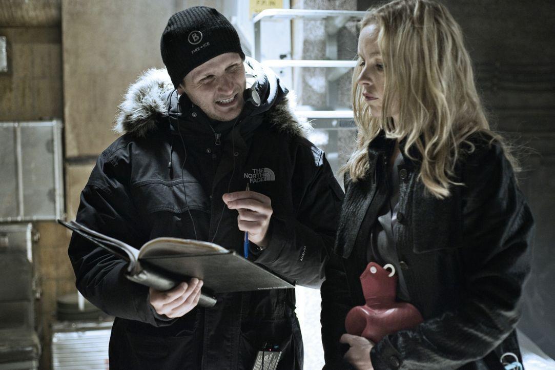 Regisseur Dennis Gansel, l. mit Darstellerin Nina Hoss, r. - Bildquelle: 2010 Constantin Film Verleih GmbH.