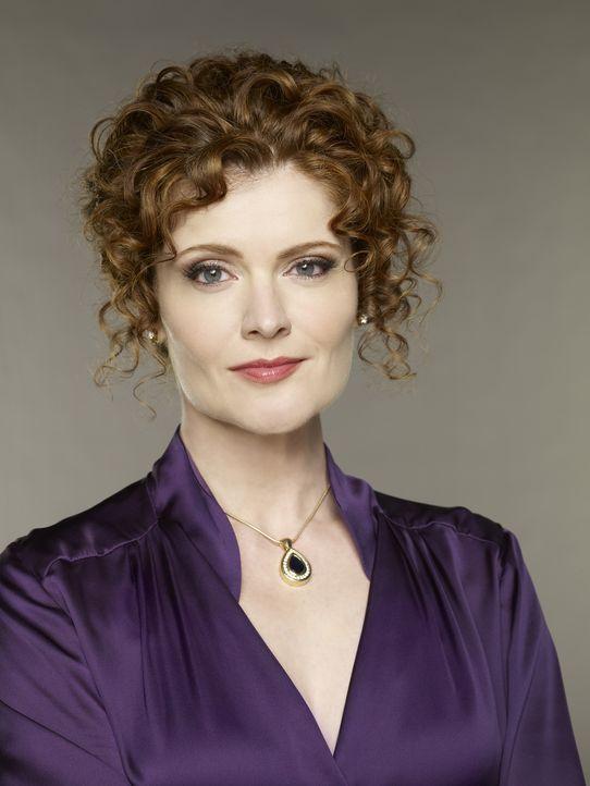 (1. Staffel) - Evelyn Powell (Rebecca Wisocky), die Königin der Elite von Beverly Hills, ist eine hochnäsige Tratschtante voller Geheimnisse ... - Bildquelle: ABC Studios