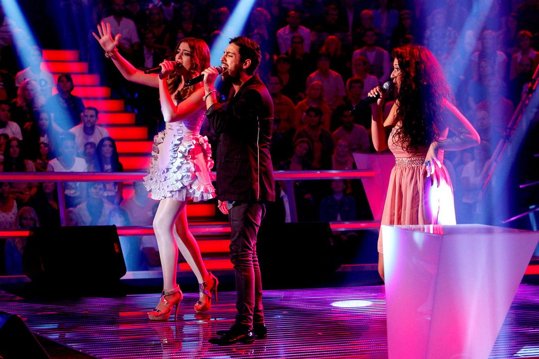 battle-iveta-vs-omid-vs-mari-14-the-voice-of-germany-richard-huebnerjpg 1700 x 1134 - Bildquelle: SAT.1/ProSieben/Richard Hübner