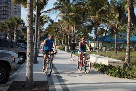 Finden Efrain (l.) und Amy (r.) die passende Immobilie in Fort Lauderdale? -...