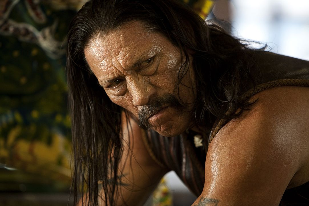 Kann nur überleben, wenn er die Verschwörung aufdeckt und seinen Namen reinwäscht: Machete (Danny Trejo) ... - Bildquelle: 2010 Machete's Chop Shop, Inc. All Rights Reserved.