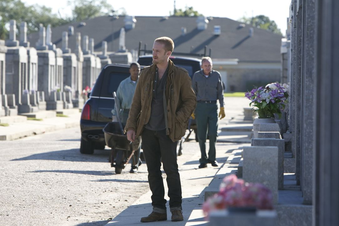 Obwohl Steve (Ben Foster) kein gutes Verhältnis zu seinem Vater hatte, schwört er Rache für dessen Ermordung. Jetzt soll ihm Daddys Kollege und Freu... - Bildquelle: 2010 SCARED PRODUCTIONS, INC.