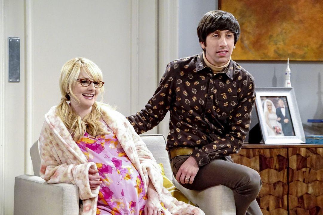 Howard (Simon Helberg, r.) stellt Bernadette (Melissa Rauch, l.) zur Rede, als er erfährt, dass sie bereits entschieden hat, wie ihr Kind heißen sol... - Bildquelle: Warner Bros. Television