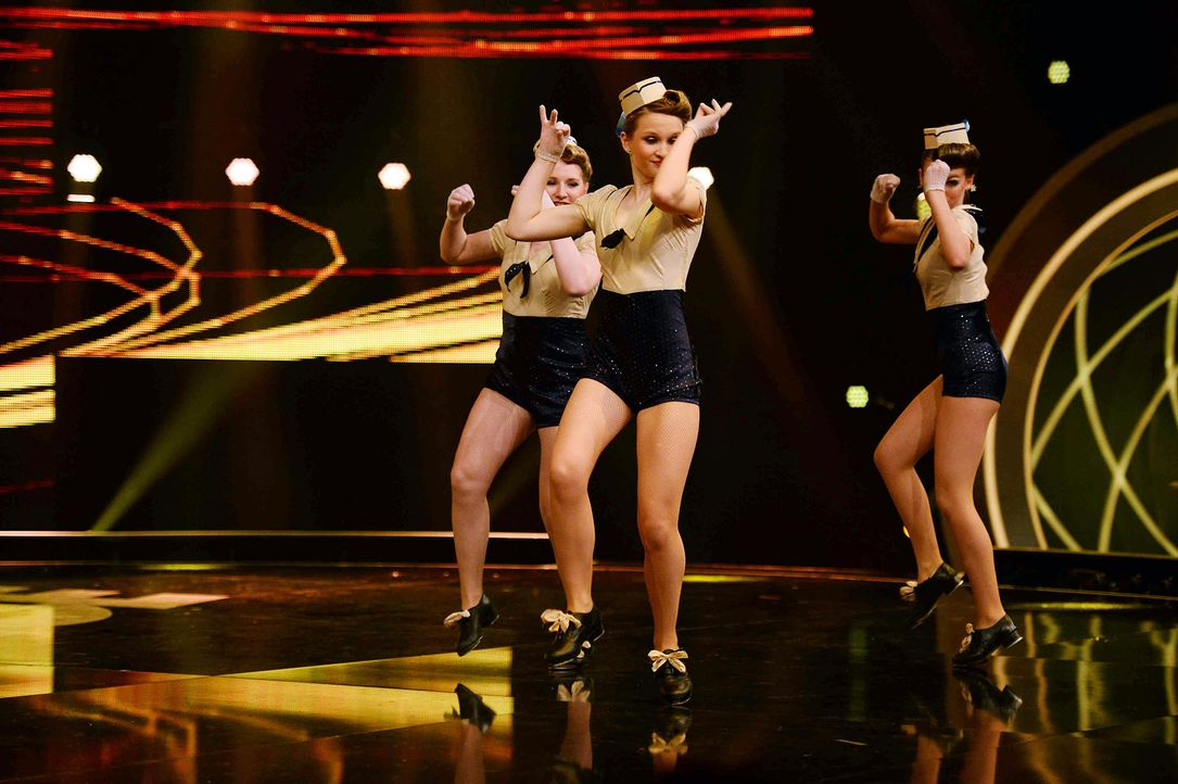 Got-To-Dance-Sailor-Girls-03-SAT1-ProSieben-Willi-Weber - Bildquelle: SAT.1/ProSieben/Willi Weber