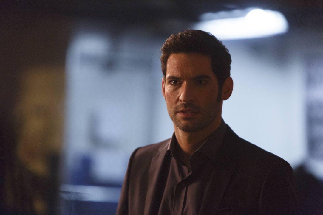 Nachdem Lucifer (Tom Ellis) ein Mord angehängt wurde und er glaubt, dass sogar Chloe ihm in den Rücken gefallen ist, will er freiwillig zurück in di... - Bildquelle: 2016 Warner Brothers