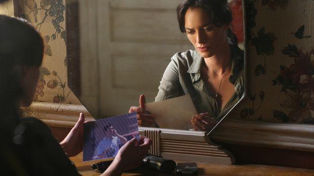 Sarah (Lena Headey) bekommt einen Hinweis, dass womöglich ein gewisser Andy G...