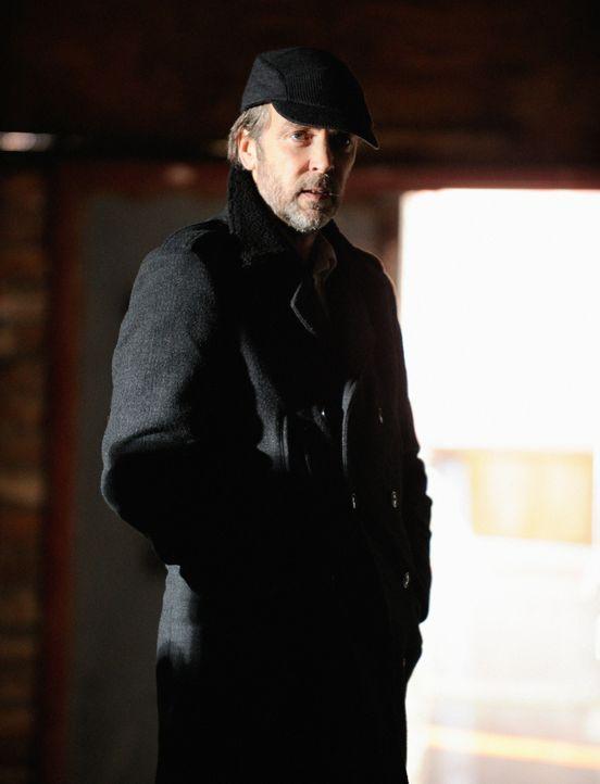 Als seine Tochter entführt wurde, braucht Rhys (John Hannah) die Hilfe von Sherlock Holmes. Doch wird er ihm behilflich sein können? - Bildquelle: CBS Television