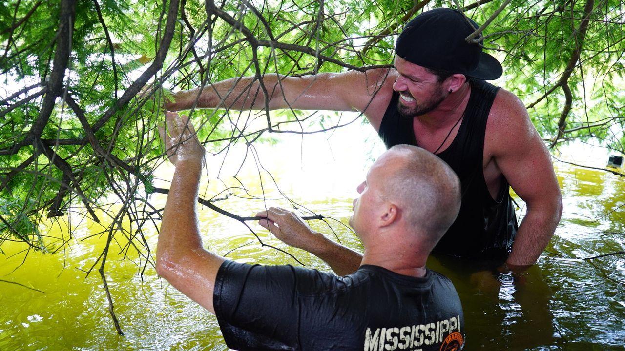 Ricky (r.) schreckt vor keinem Sturm zurück, aber wird ihn der Sumpf bezwingen können?