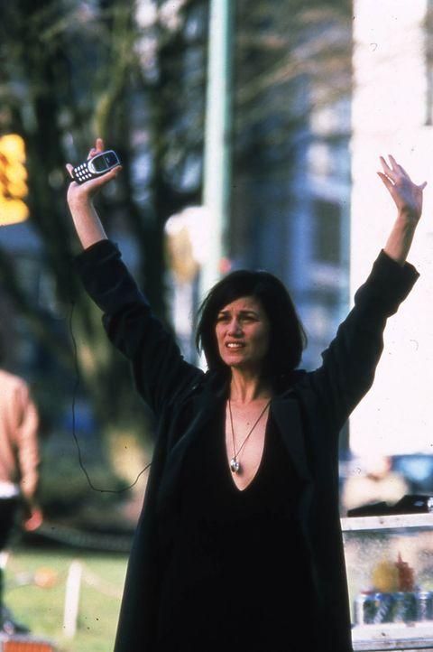 Liberty Wallace (Linda Fiorentino), Vize-Präsidentin des größten Waffenherstellers in den USA, repräsentiert all das, was Joe verabscheut. Und s... - Bildquelle: Kinowelt