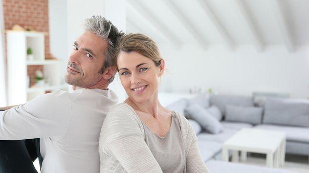 wassermann und jungfrau liebeshoroskop gibt tipps sat 1. Black Bedroom Furniture Sets. Home Design Ideas