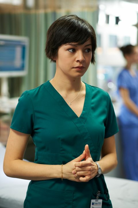 Auf Maggie (Julia Taylor Ross) kommen einige Veränderungen zu ... - Bildquelle: 2012  Hope Zee One Inc.