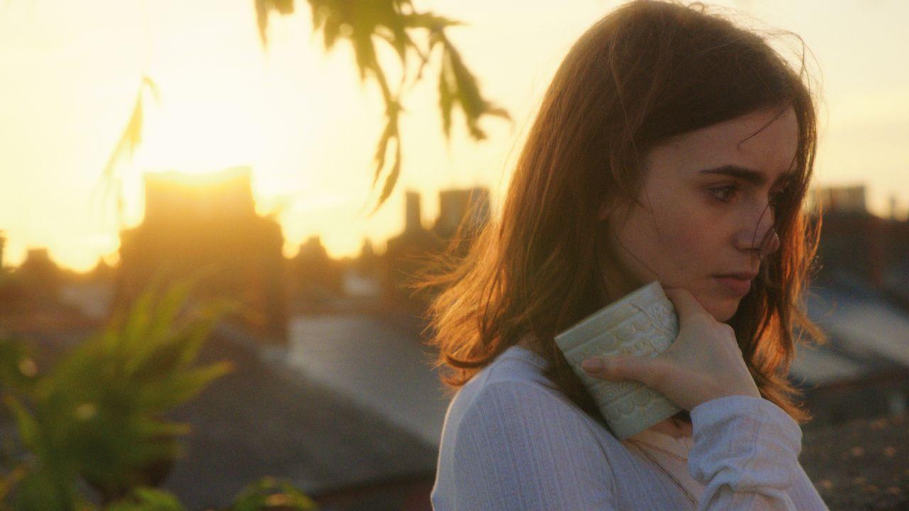 Rosie (Lily Collins) muss sich endlich klar machen, wen sie in ihrem Leben haben will ... - Bildquelle: Constantin Film Verleih GmbH