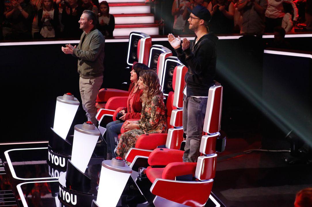 """""""The Voice Kids"""" geht in die nächste Runde: (v.l.n.r.) Sasha, Nena, Larissa und Mark Forster ... - Bildquelle: Richard Hübner SAT.1"""