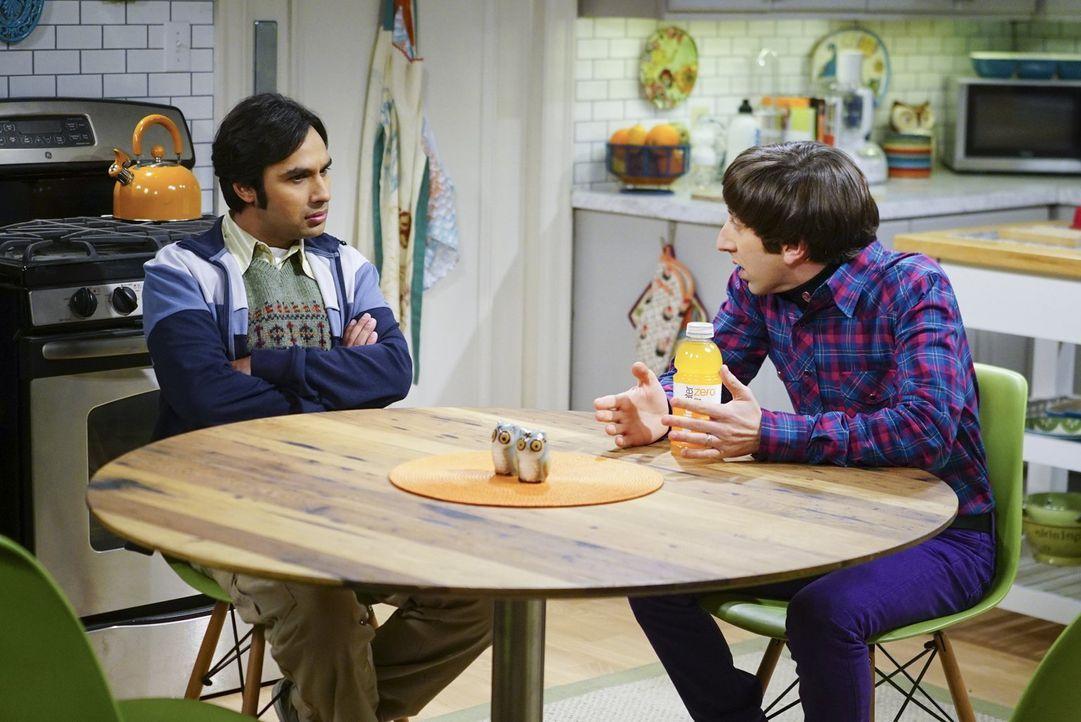 Raj (Kunal Nayyar, l.) und Howard (Simon Helberg, r.) schmieden einen absoluten Masterplan, um das Problem des quietschenden Bodens in den Griff zu... - Bildquelle: 2016 Warner Brothers