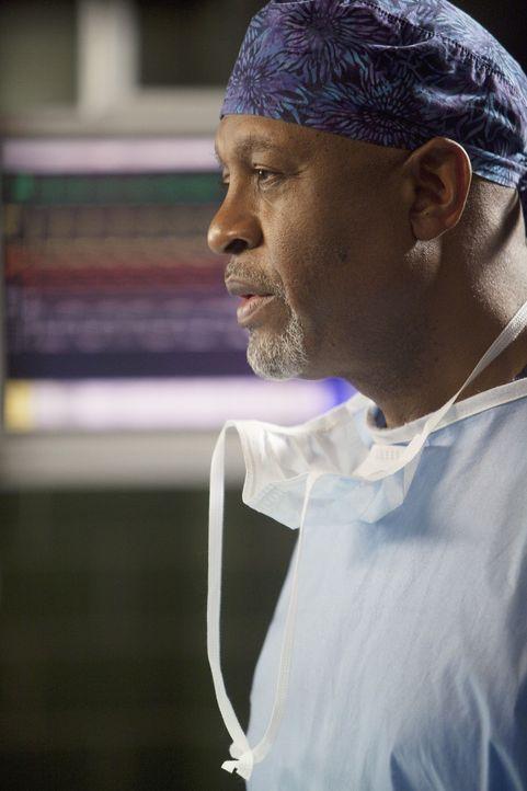 Steht vor seiner 10.000. Operation: Webber (James Pickens, Jr.) ... - Bildquelle: ABC Studios