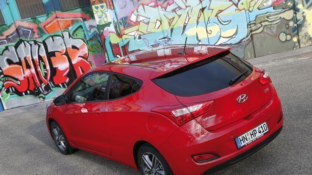 Hyundai i30 Coupe back