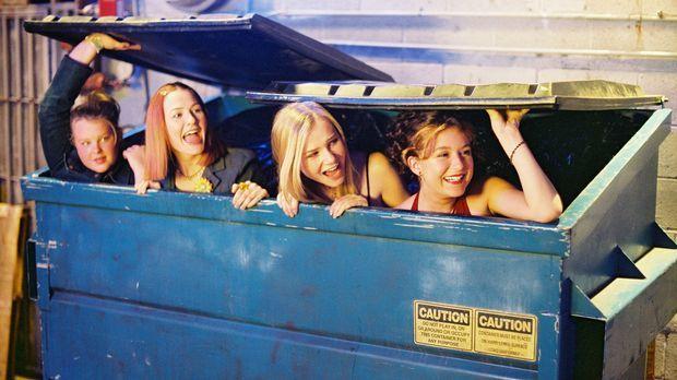 Als sich Julie (Alexa Vega, r.) und ihre Freundinnen Hannah (Mika Boorem, 2.v...