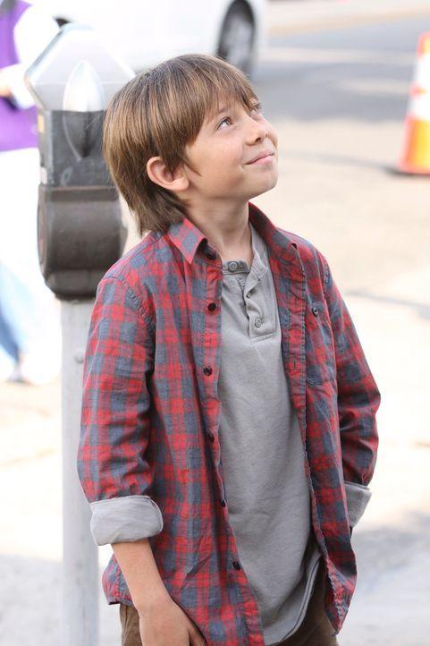 Während sich Cooper und sein Sohn Mason (Griffin Gluck) immer mehr zusammenraufen, kehr Violet wieder zu ihrer Arbeit in die Praxis zurück ... - Bildquelle: ABC Studios