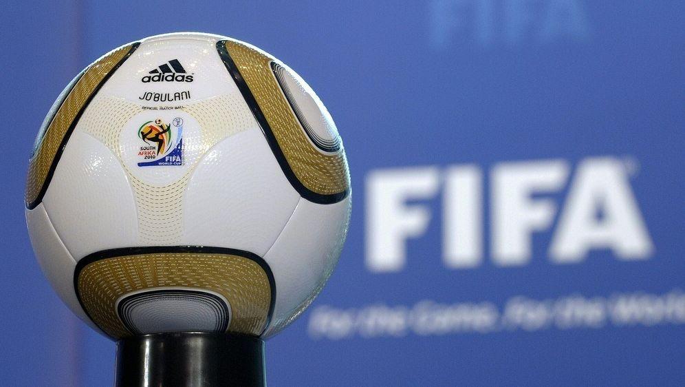 Entgegen der Prognose: Große Geldrücklagen bei der FIFA - Bildquelle: AFPSIDFABRICE COFFRINI
