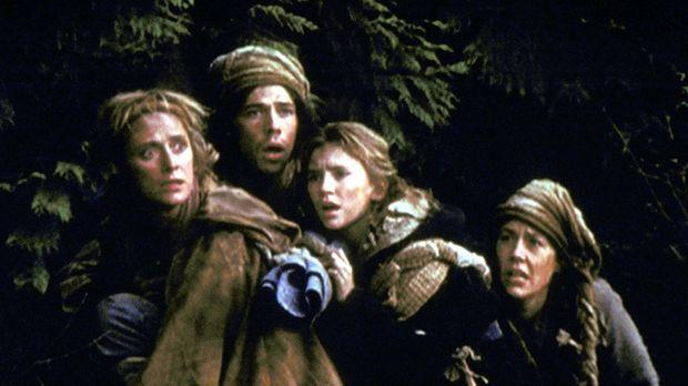 Rebecca (Caroline Goodall, l.), Caleb (Darsteller unbekannt), Tali (Jessica H...