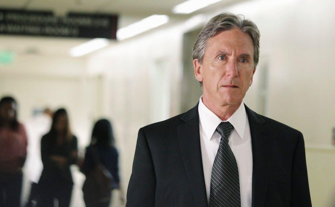 Als Jim Beckett (Scott Paulin) vom Mordanschlag auf seine Tochter erfährt, ist er zutiefst geschockt ... - Bildquelle: 2011 American Broadcasting Companies, Inc. All rights reserved.