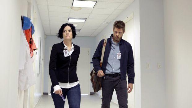 Jane (Jaimie Alexander, l.) muss sich zusammen mit Roman (Luke Mitchell, r.)...