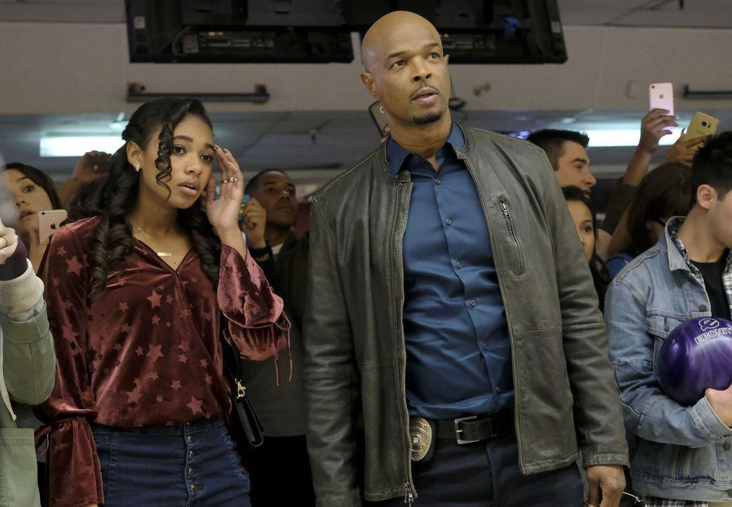 Murtaughs (Damon Wayans, r.) Tochter Riana (Chandler Kinney, l.) gerät in Schwierigkeiten, als sie in einen Mordfall verwickelt wird ... - Bildquelle: Warner Brothers