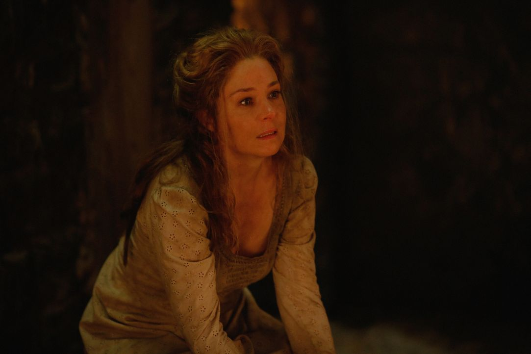 Setzt große Hoffnungen in ihre Intrigen und ihren Einfluss auf Charles: Catherine (Megan Follows) ... - Bildquelle: Marni Grossman 2015 The CW Network, LLC. All rights reserved.