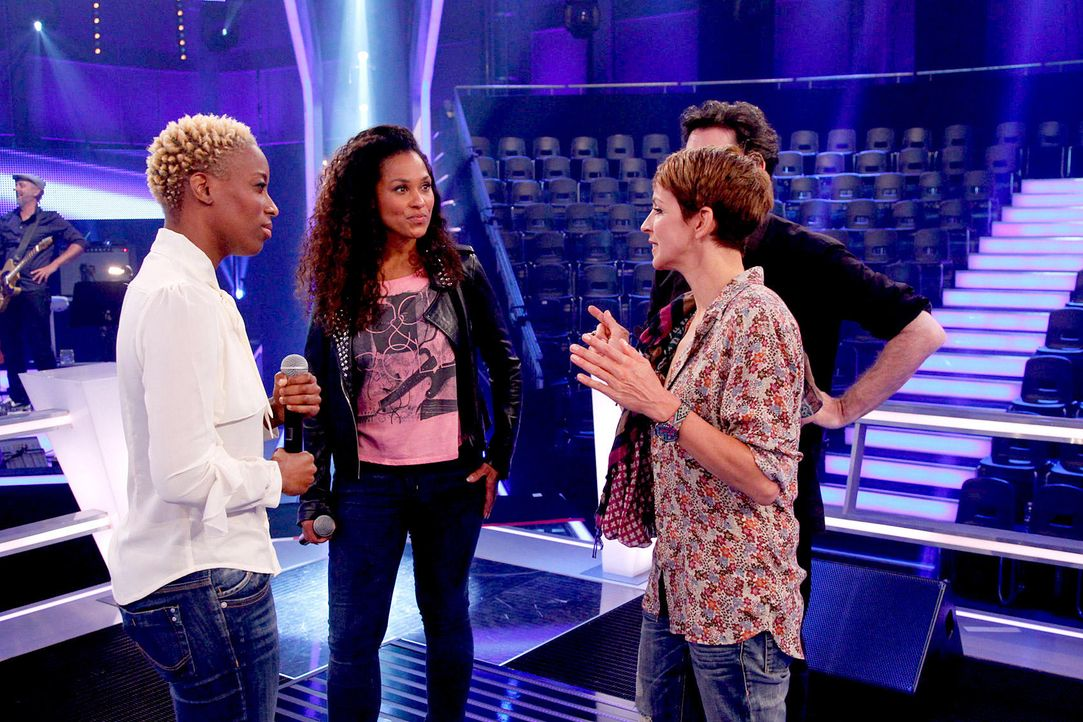 battle-nathalie-vs-asiata-08-the-voice-of-germany-huebnerjpg 1700 x 1133 - Bildquelle: SAT1/ProSieben/Richard Hübner
